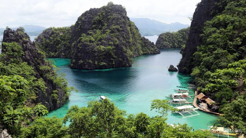 5-View-over-Coron-Bay-at-Kayangan-Lake-diving-Coron-Palawan-Philippines-DPI-1703