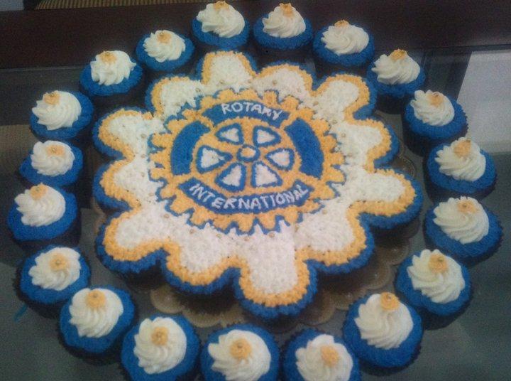 rotary-cupcakes